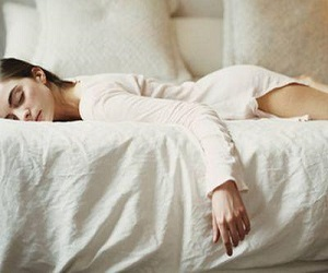 В каких позах сон вреден здоровью
