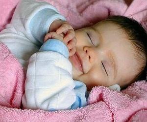 Сколько нужно малышу для полноценного сна